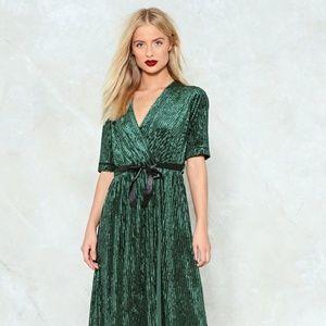 Nast Gal velvet wrap dress emerald